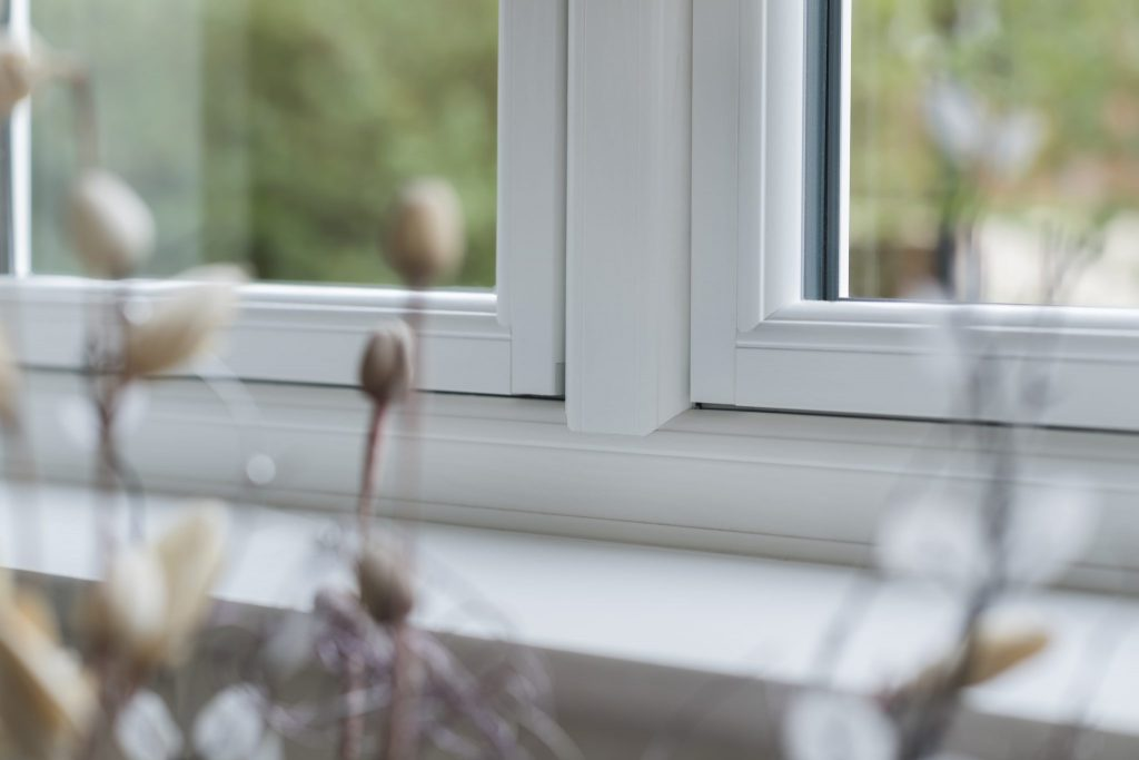 Flush casement window alternative to timber