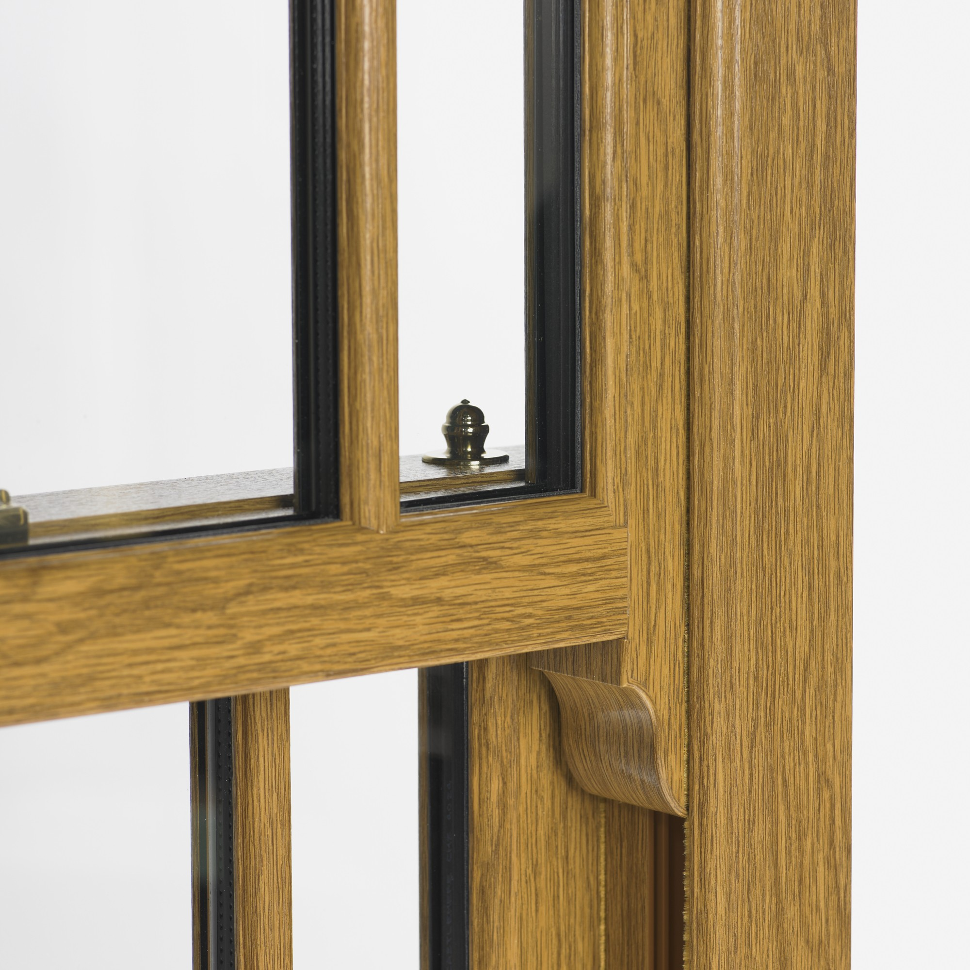 wood effect sash horn windows