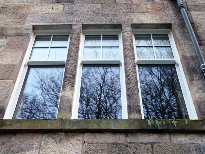 timber appearance sash windows