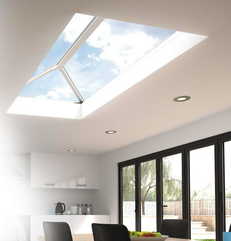Stratus Lantern Roof in room